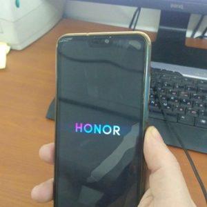 Как включить телефон Honor
